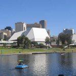 Adelaide festival centre - Hyatt hotel - Torrens river
