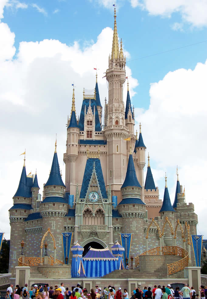 Cinderella's Castle - Walt Disney World - Florida - USA | Go For Fun - Australian Travel and Photography Community
