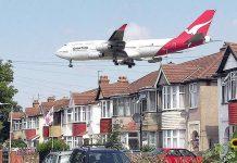 Qantas airplane landing - Myrtle Avenue near Heathrow airport - Australians Travelling - London Heathrow
