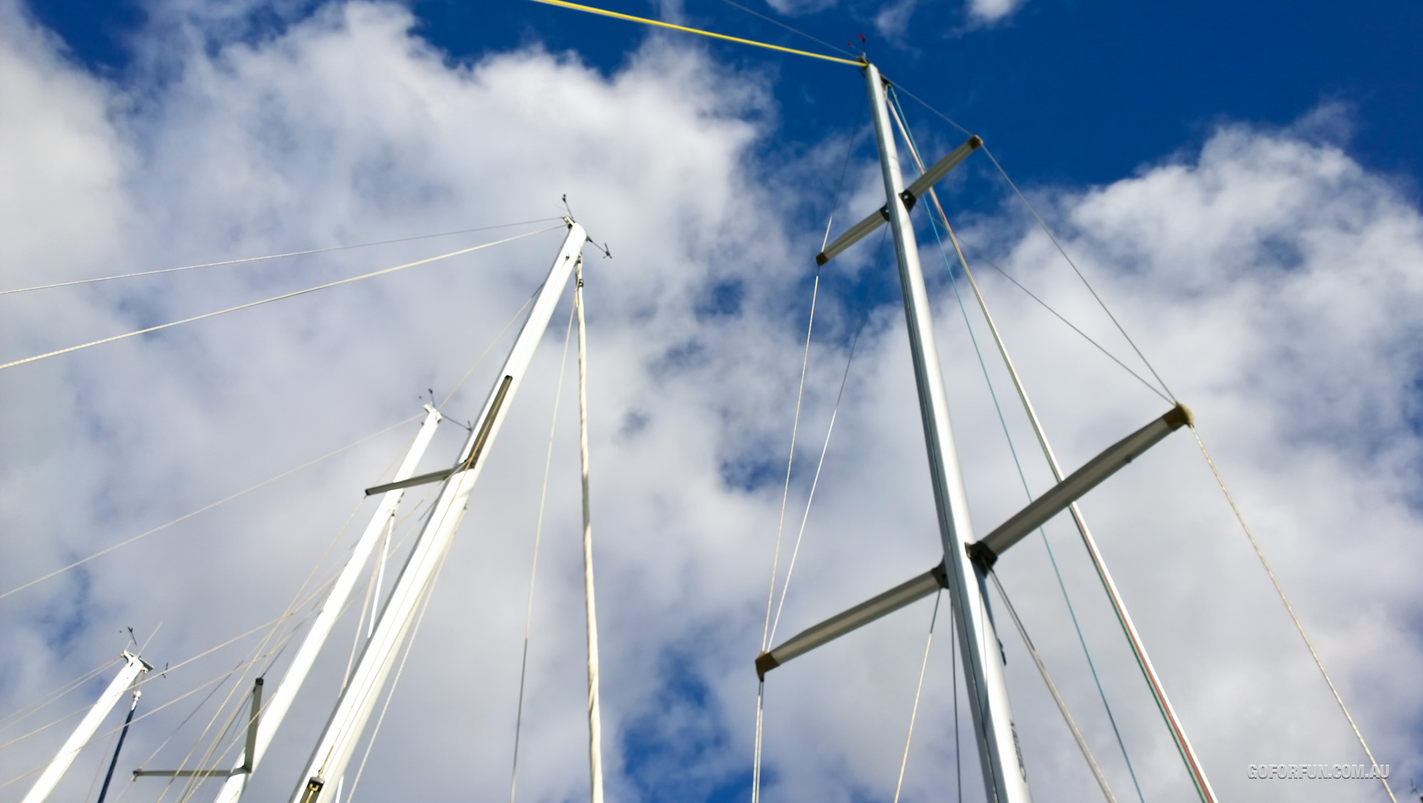 WP 16 10 58 Pro highres sailing sailboat climbing yacht
