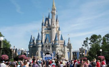 Walt Disney World - Cinderella's Castle - Affordable Vacation