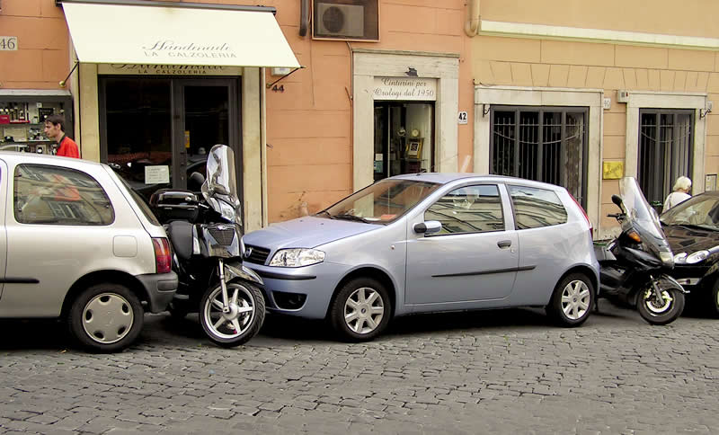 Parking in central Rome, Italy - Travel a World - Parking a Car