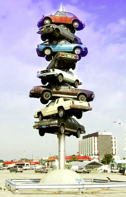 Parking Scuplture Chicago, USA - Travel the World - Parking a Car