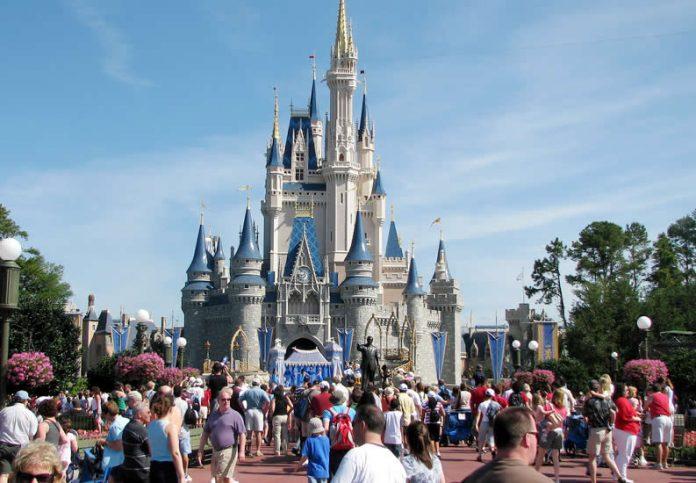 Walt Disney World - Cinderella's Castle - Affordable Vacation