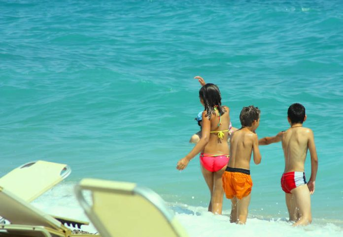 Travelling with kids - sea memories